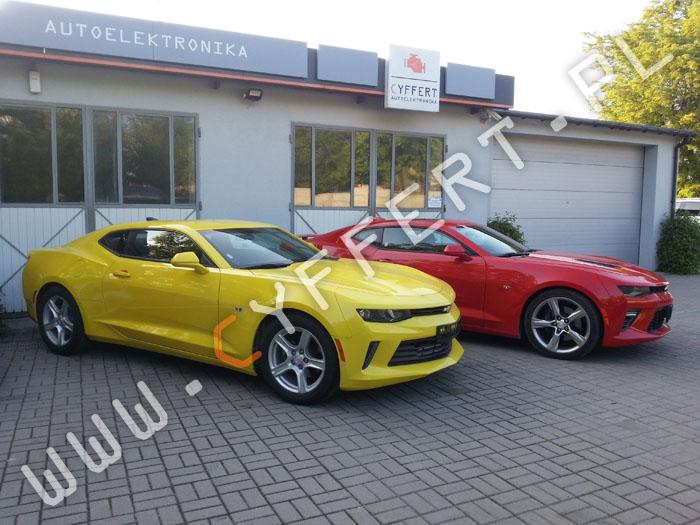 Chevrolet Camaro – konwersja z USA na Europę: radio, mapa Europy, język polski w mediach i w liczniku